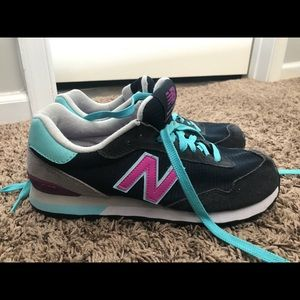 New Balance Sneakers sz 9.5