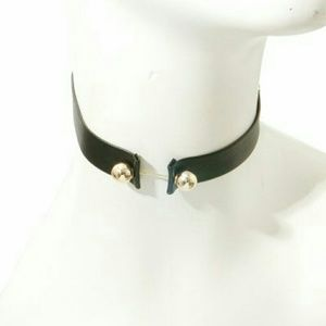 Jewelry - Bar Choker