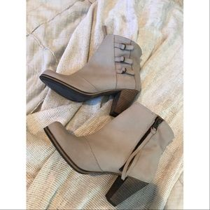 ⚡️Anthro Holding Horses Triad Buckle Boots⚡️