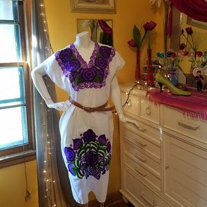 Dresses & Skirts - Mexican Embroidered Dress! SaLe!! Firm price