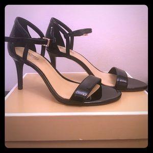 Michael Kors Simeone Sandals