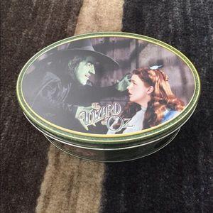 Wizard of Oz Tin Collectible