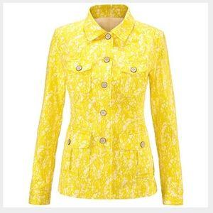 Cabi field jacket. EUC. Size small.