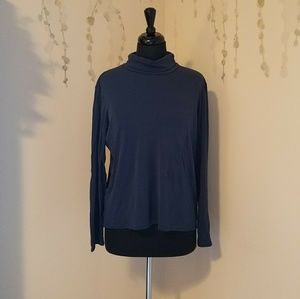 EILEEN FISHER 100% Silk Turtleneck