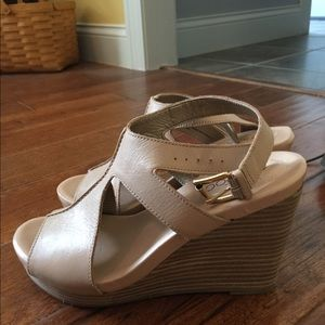 Nude wedges sandals