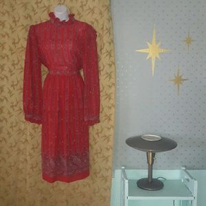 Beautiful vintage 70's blouse and skirt set!