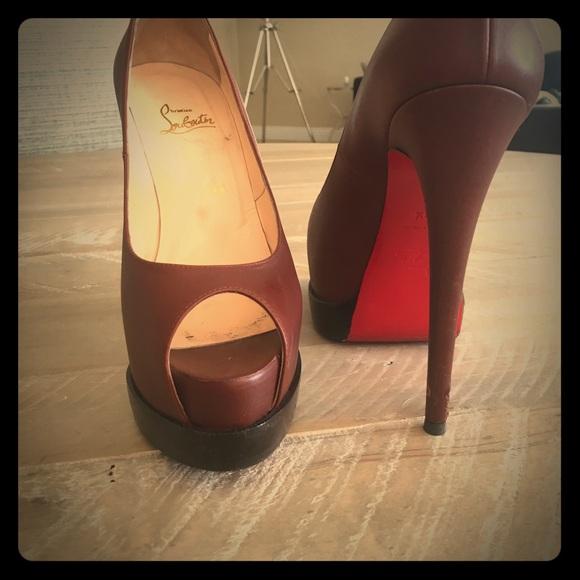 d1eb473bb1f Dark Camel Leather Lady Peep heels
