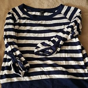 F21 navy and white striped sweater