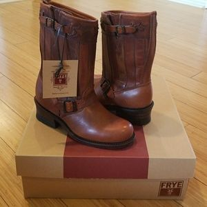 Frye Americana Short Tan Leather boots