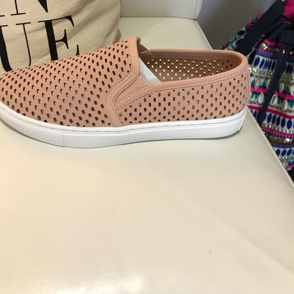 9d1e36f7599 Elouise pink. Boutique. Steve Madden