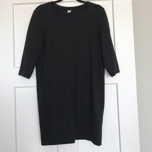 Knit 3/4 Sleeve Dress