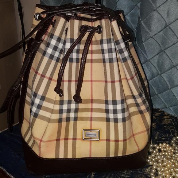 Burberry Handbags - BURBERRY DRAWSTRING BUCKET BAG 290f239e1d