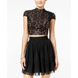 Dresses & Skirts - Black Lace Tulle two-piece A-line party dress