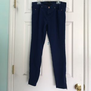 Skinny jeans with ankle zippers