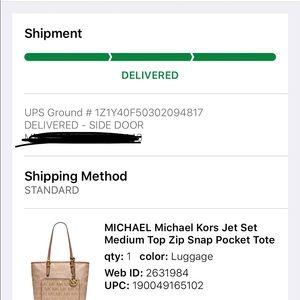 3c8d80f0a8a3 MICHAEL Michael Kors Bags - MK Jet Set Medium Top Zip Snap Pocket Tote
