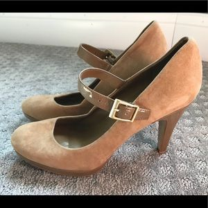 Franci Sarto Suede and Patent Leather Pumps