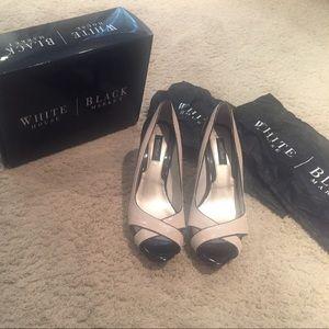 White House Black Market Erin Heel size 9