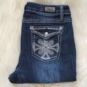 Earl Jeans. Straight Leg Size 6