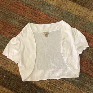 EUC Arizona white short sleeved shrug