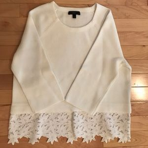 J Crew white cotton sweater w/flower detail xxs
