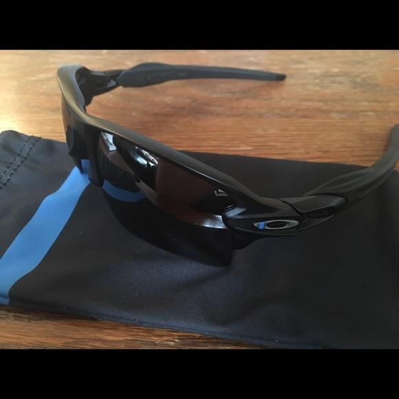 Oakley SI XL Thin Blue Line Sunglasses. M 59c7ed94bf6df510d2027bff 3f0b17338185