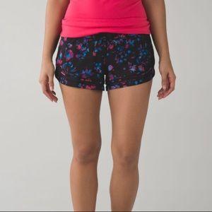 Lululemon Black Make a Move Run Floral Shorts Mesh