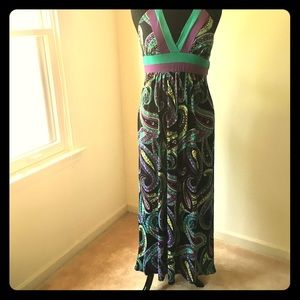 Multi colored Maxi dress by Candie's💋