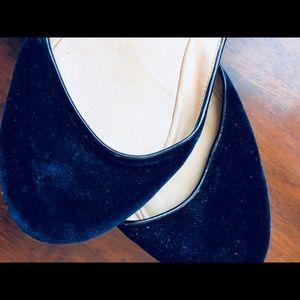 Zara Shoes - Ultra comfortable soft day-night velvet flats