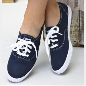 Keds Navy Lace Up Sneaker - W 8.5