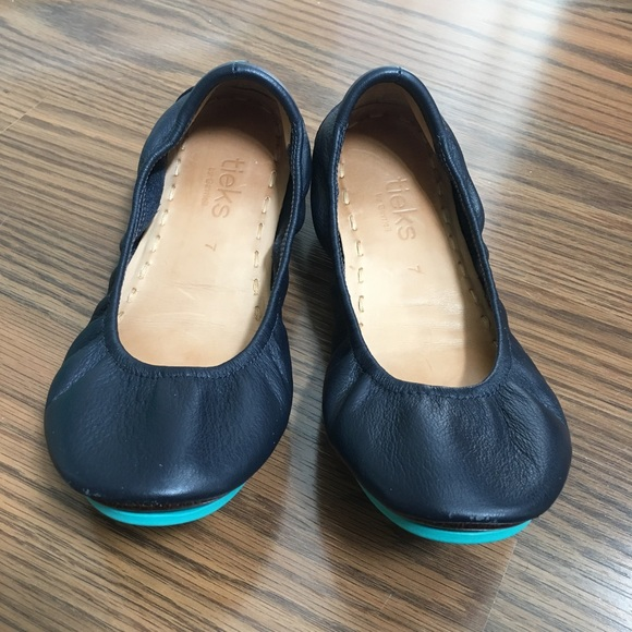 Tieks Shoes   Navy Tieks Size 7   Poshmark