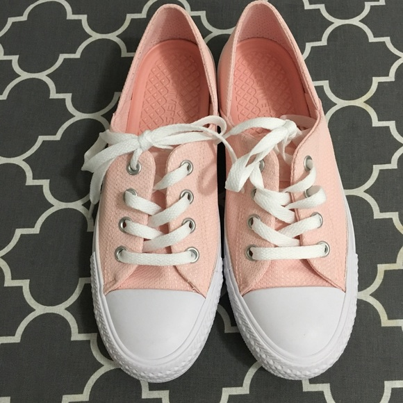8cb8832caca0 Converse Shoes - Converse CTAS CORAL OX Womens