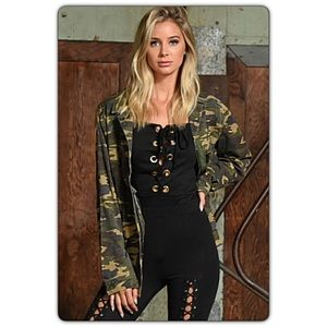 Jackets & Blazers - Edgy & Trendy Camo Military Utility Jacket SM