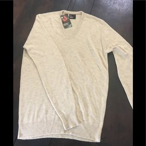 Other - Brand new v-neck pullover sweater size Large T