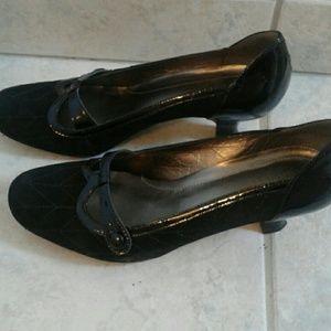 Franco Sarto black kitten heels