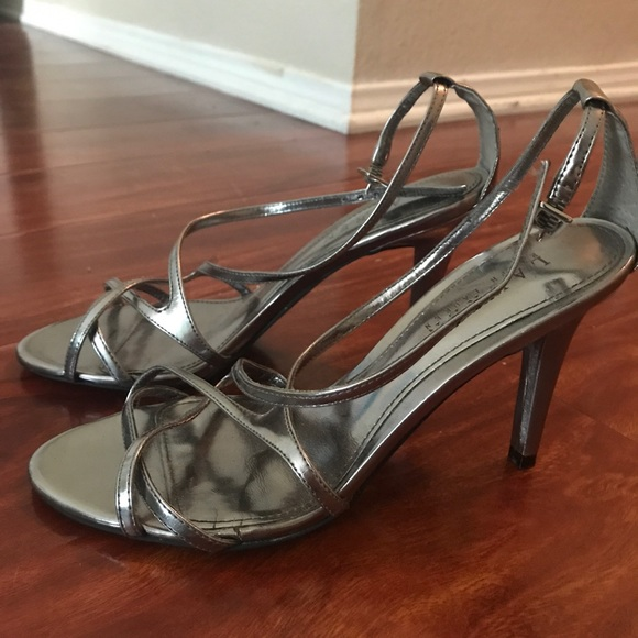 best service clearance prices sneakers for cheap Lauren Ralph Lauren silver heels size 6B Abriella