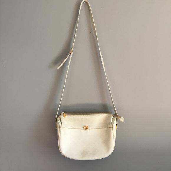 f9f5dcec06bdb Gucci Handbags - ⚡️FLASH SALE⚡ Vintage Gucci Bag