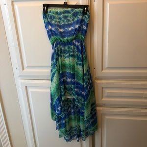 Dresses & Skirts - Strapless high low dress!