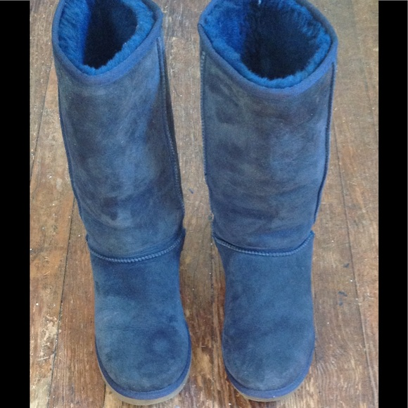 93c73d70009 🎉* HP 9/30/17 *🎉 Navy UGG Boots -Classic Tall