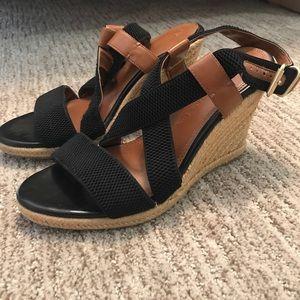 [Banana Republic] Black Platform Sandals, 8.5