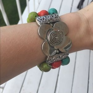 Jewelry - Beautiful multi-color stretchy bracelet