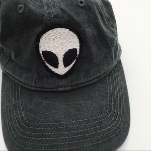 Brandy Melville alien dad hat unisex nwt