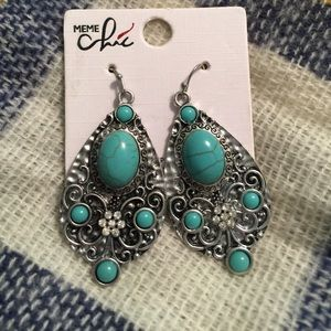 Jewelry - 🎉5/$15: Silver and turquoise earrings