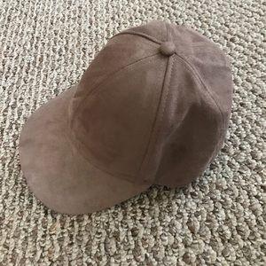 NWOT H&M baseball cap