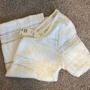 H&M lace cream top 😍
