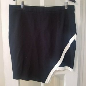 H & M Plus Skirt NWT 2X