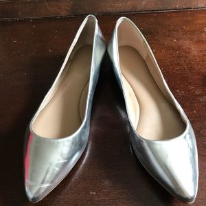 Banana Republic silver shoes size 7.5