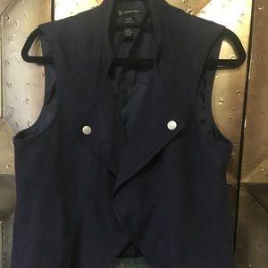Sued vest