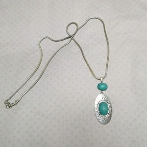 Jewelry - Long silver & teal necklace