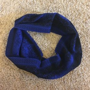 Black and Blue Scarf