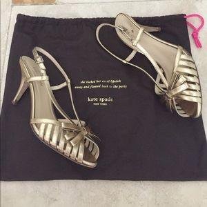 Re poshing Kate Spade gold shoes